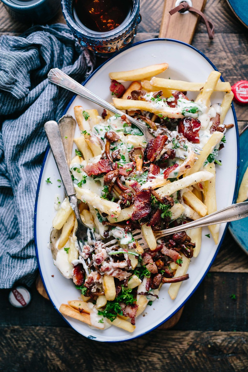 french fries, plate, toppings